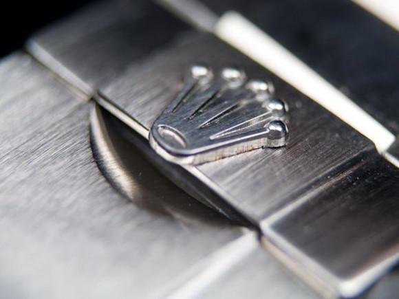 fake Rolex Crown Logo on Bracelet