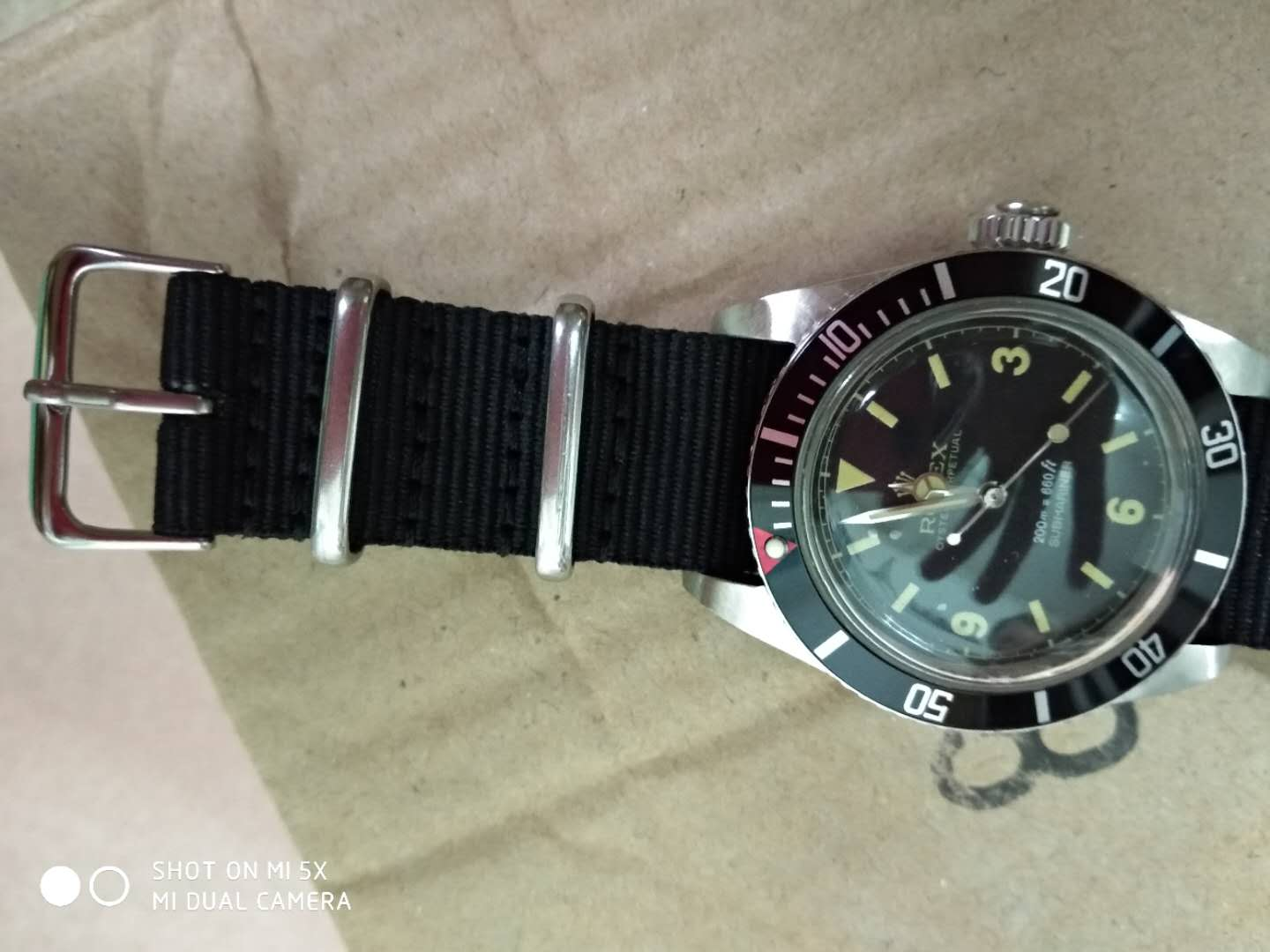 Red Dot Bezel of Vintage Replica Submariner 6538